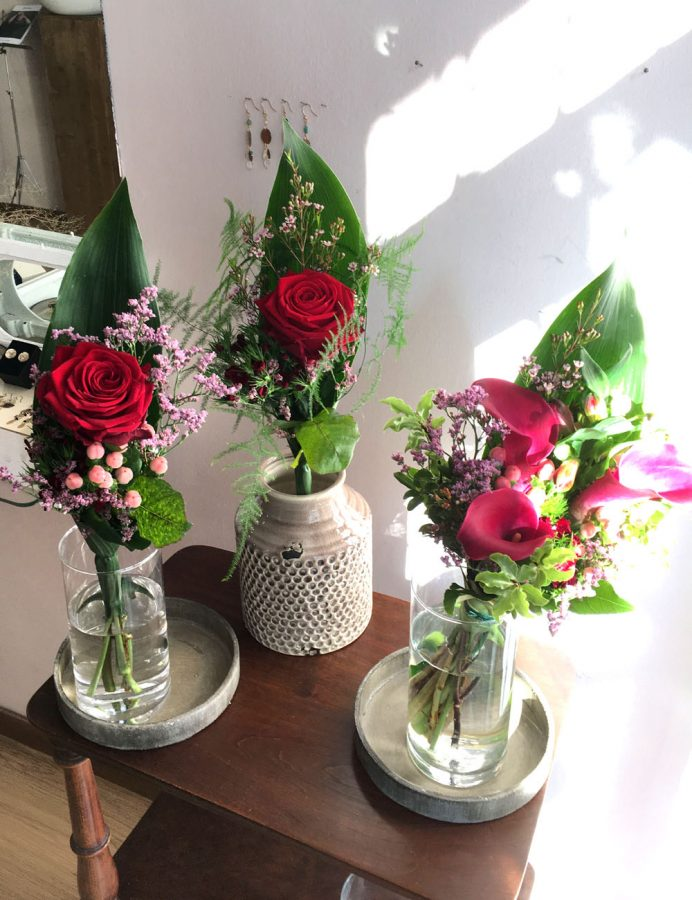 rosa red naomi 2
